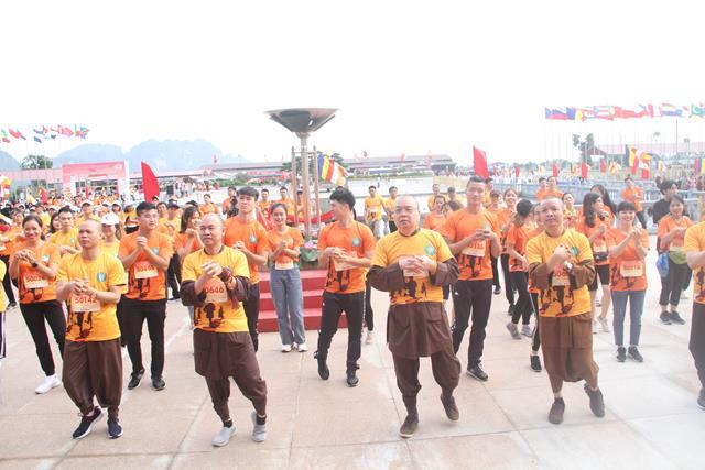 """Hà Nam: Tổ chức giải chạy """"Ánh Dương soi chiếu Half Marathon 2020"""" tại chùa Tam Chúc"""